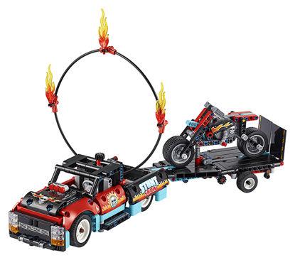 Obrázek LEGO Technic 42106 Kaskadérská vozidla