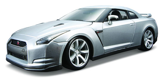 Obrázek z Bburago 1:18 2009 Nissan GT-R Metallic Silver